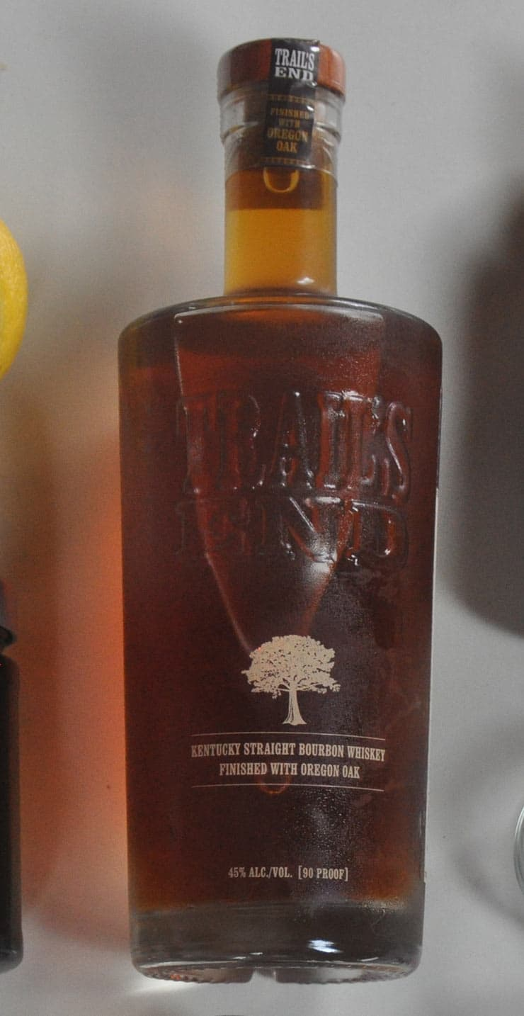 best old fashioned recipe elements - bourbon