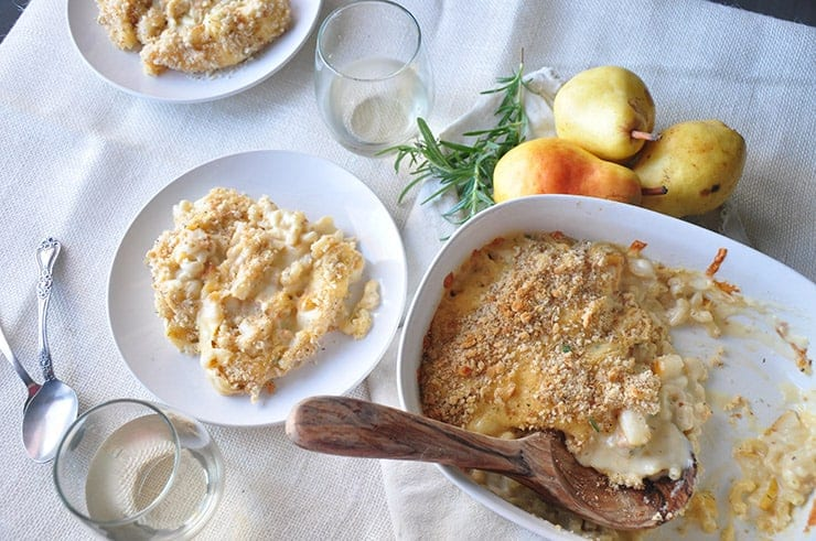 overhead shot of pear and gouda macaroni and cheese recipe