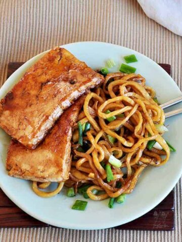 Vegetarian Chow Mein with Honey Fried Tofu on the side.