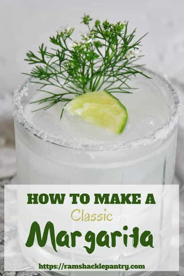 This classic Margarita recipe is so tasty and such a beautiful drink. There is no reason not to treat yourself with this easy and simple classic cocktail! #margarita #tequila